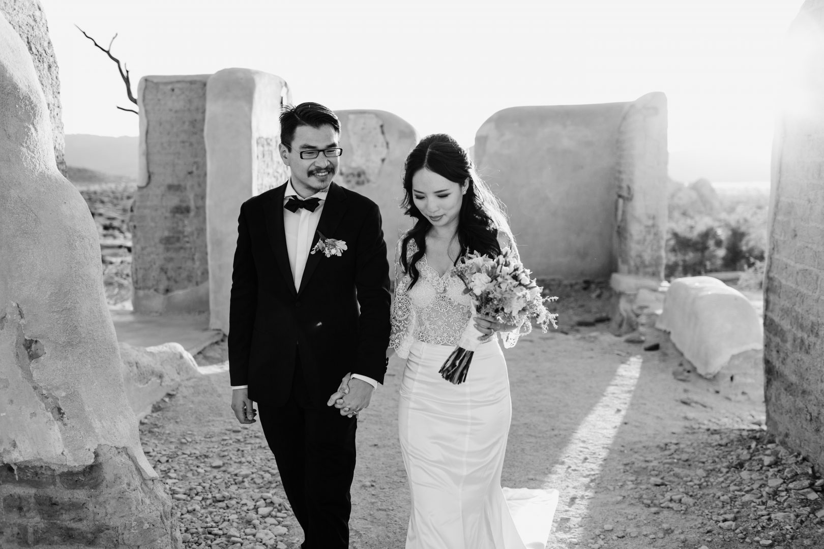 joshua tree elopement photographer ranch ruins